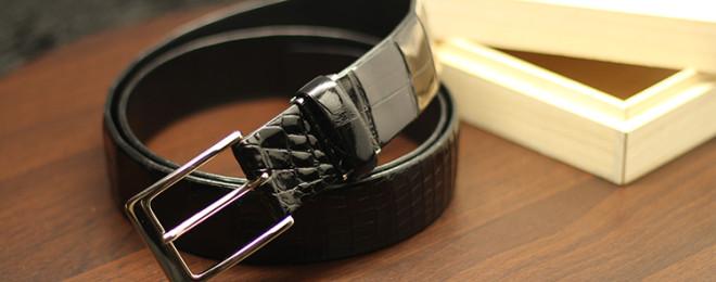 スモールクロコダイルシャイニングトラッドメイドベルト(ピンタイプ・35mm)
