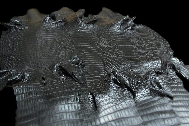 トラッドメイド用スモールクロコダイル革(マット)