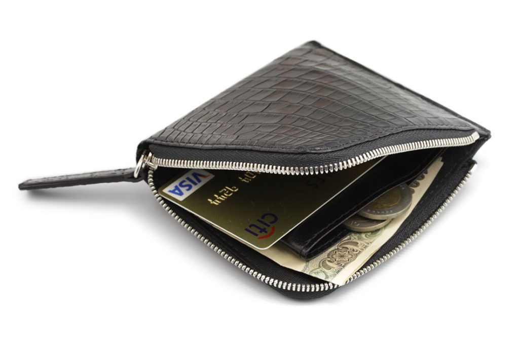 これ一つでカード、お札、小銭をスマートに収納